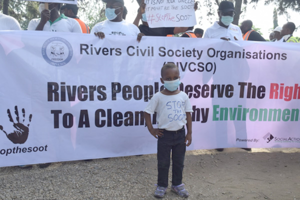 Citizens-Walk-Against-Soot-Pollution-in-Port-Harcourt,-Nigeria's-Oil-City2