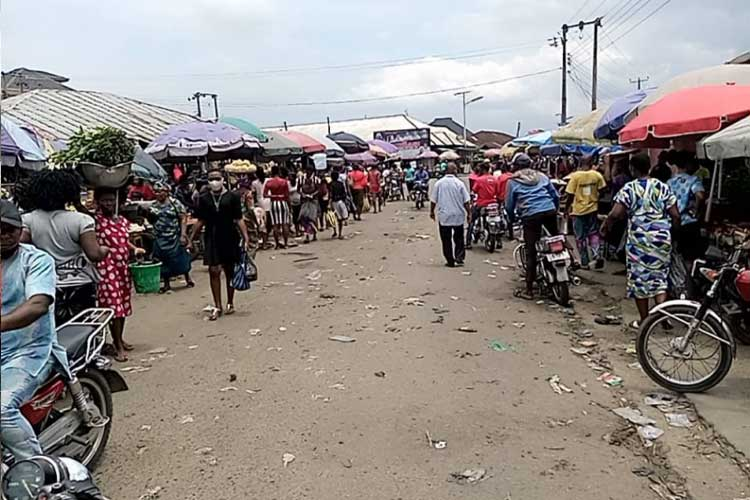 A-cross-section-of-people-at-a-market-in-Akwa-Ibom-State-after-the-lockdown-was-lifted