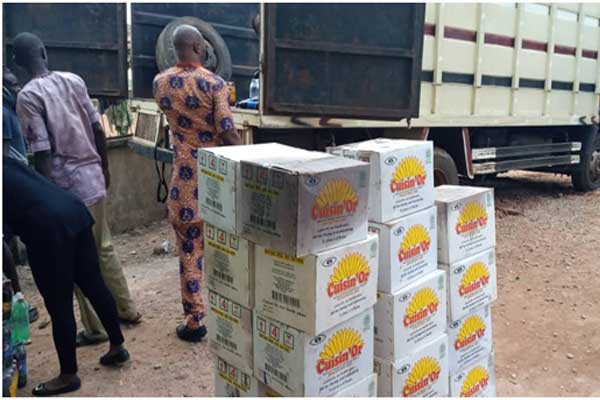 COVID19-Social-Action-s-partner,-Edo-Civil-Society-Organisations---EDOCSO-receives-relief-materials-for-distribution-to-vulnerable-persons.